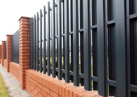 забор из евроштакетника цена в Хабаровске