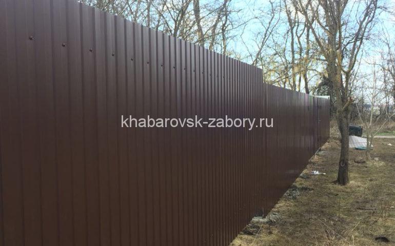 забор из профлиста в Хабаровске